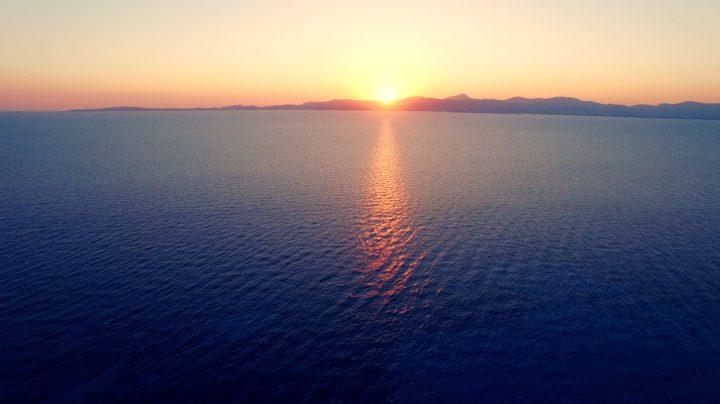 Drone puesta de sol